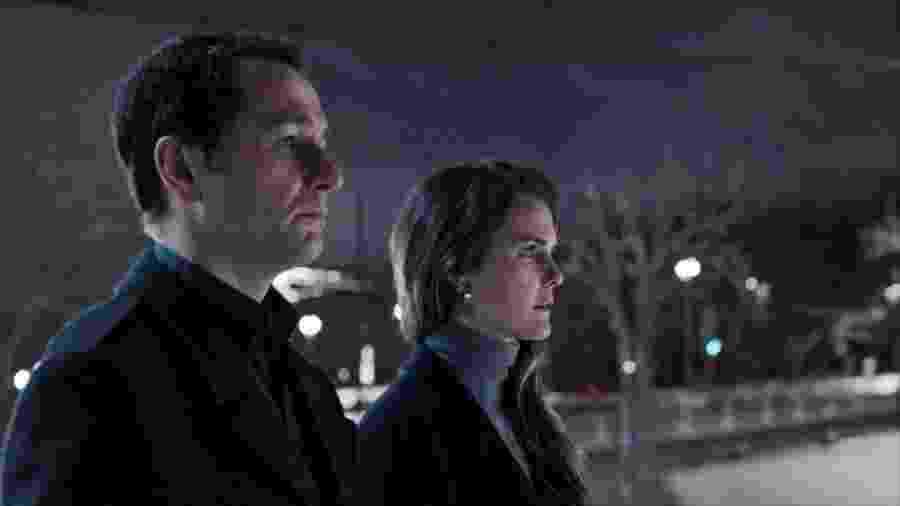 """Matthew Rhys e Keri Russell em cenas finais de """"The Americans"""" - Divulgação/FX"""
