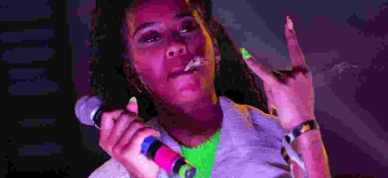 A rapper IAMDDB durante show no REP Festiavl - Douglas Shineidr/UOL