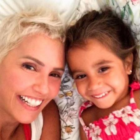 Deborah Secco e a filha, Maria Flor - Arquivo Pessoal