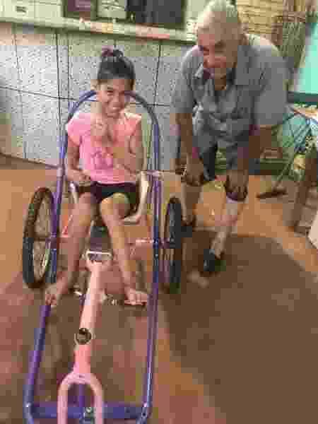 Avô montou bicicleta para neta realizar sonho - Arquivo pessoal