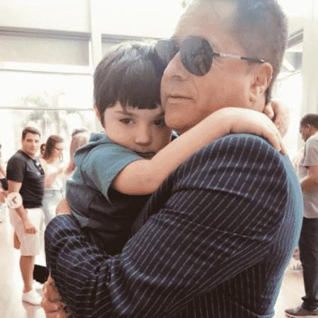 Leonardo e o neto Noah - Reprodução/instagram