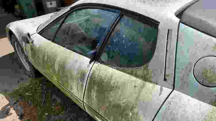 Exposição prolongada ao sol e à chuva cobrou seu preço; por que não colocaram na garagem? - Arquivo pessoal