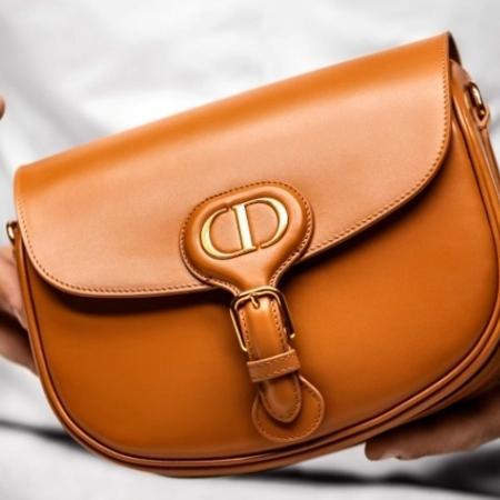 Bolsa Dior Bobby, modelo batizado com o nome do cachorro de Christian Dior - Reprodução/Dior.com