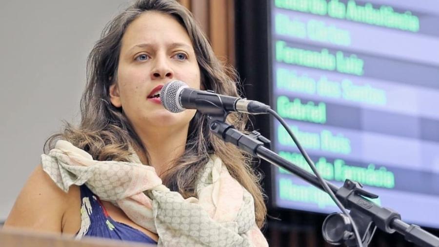 Reeleita, Bella Gonçalves (PSOL), que era suplente e assumiu o cargo de vereadora de 2018 a 2020, atua pela proteção dos Direitos Humanos, das periferias e ocupações urbanas, dos trabalhadores informais e na luta das mulheres e diversidades LGBTQIA+ - Karoline Barreto/Instagram
