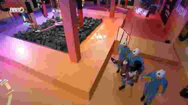 BBB 21: Camilla passa mal durante prova - Reprodução/Globoplay - Reprodução/Globoplay