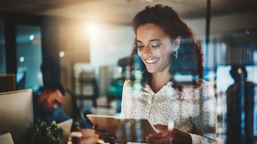 """Participação das mulheres em diferentes áreas da tecnologia não passa de 30%, segundo o """"Gender Gap Report"""" deste ano - iStock"""