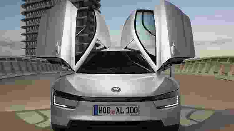 Visual inclui portas que são abertas para cima; parece carro esportivo, mas potência é de apenas 69 cv - Divulgação - Divulgação