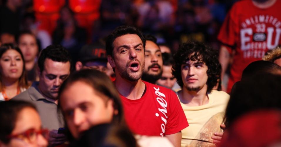 1.ago.2015 - Rodrigo Lombardi acompanhou a série de lutas do UFC no HSBC Arena no Rio de Janeiro