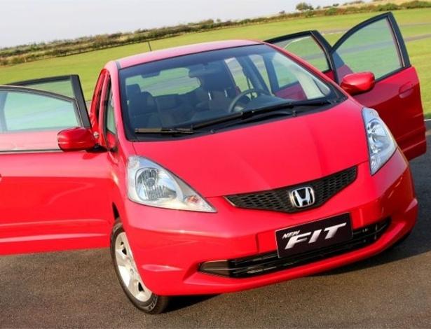 Monovolume Fit está no chamado com unidades produzidas de 2009 a 2011 - Divulgação