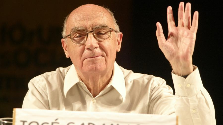 O escritor português de José Saramago (1922-2010) - Jorge Araújo
