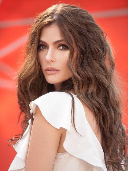 Ana Paula Tabalipa fez o caminho inverso de outras atrizes. Depois de uma passagem na Globo, ela está de volta a Record - Arquivo pessoal