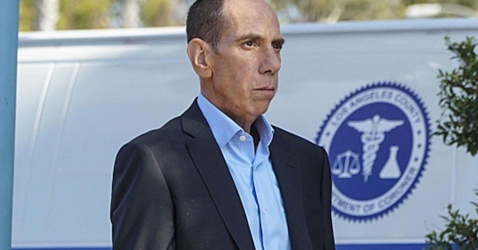 """Miguel Ferrer em cena de """"NCIS: Los Angeles"""""""