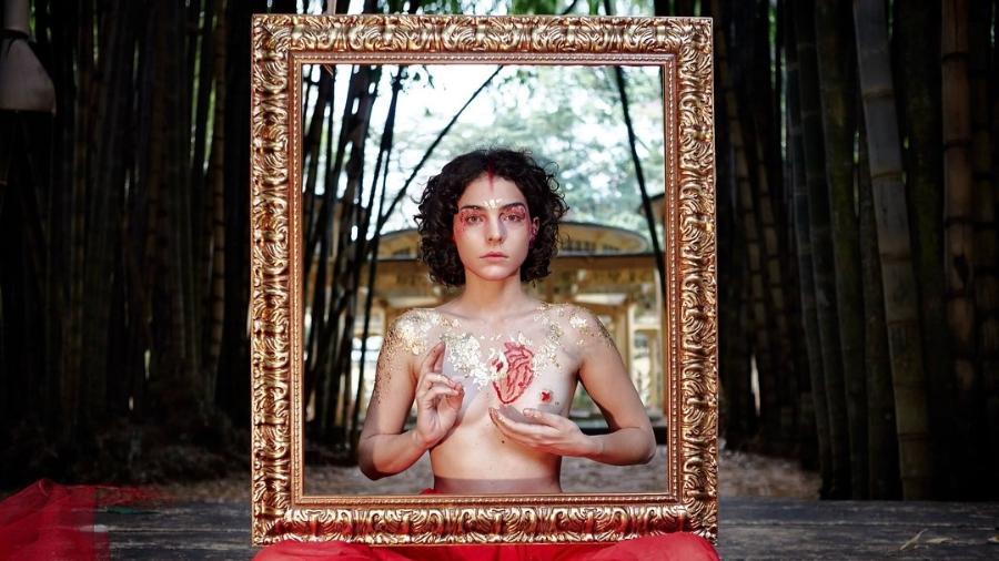 Julia Konrad em foto de Agê Barros - Reprodução/Instagram/juliakonrad