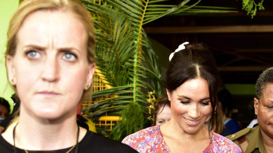 Guarda-costas de Meghan Markle acompanha a duquesa durante compromisso em Fiji - AFP