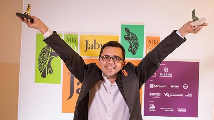 Pela primeira vez em 60 anos do Jabuti, o prêmio de livro do ano foi de um autor independente  - Divulgação/Câmara Brasileira do Livro