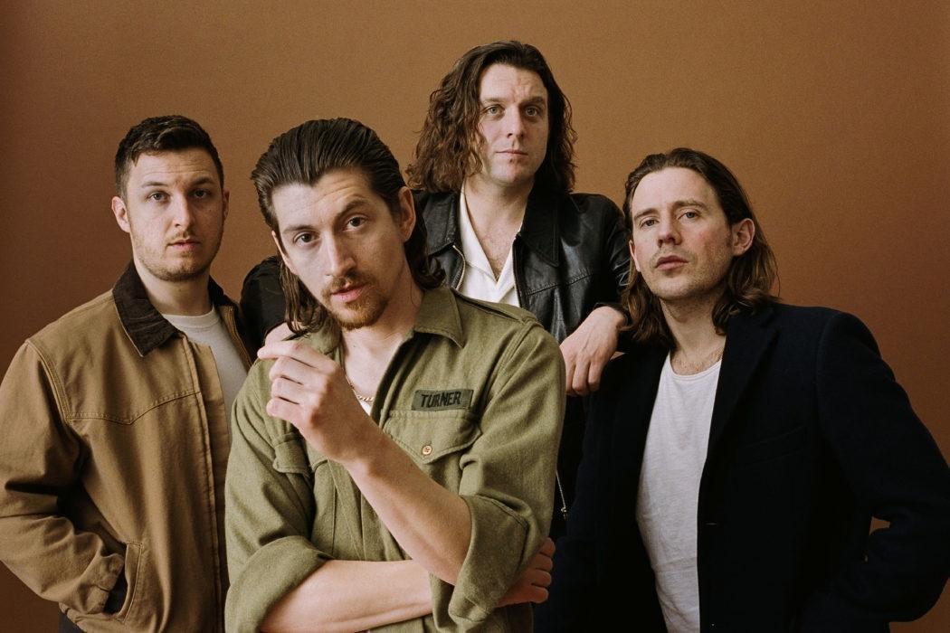 """Arctic Monkeys no Lolla: """"Há um lado solitário em ser atração ..."""