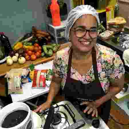 Projeto une refeições solidárias e ocupação remunerada durante a pandemia - Divulgação - Divulgação