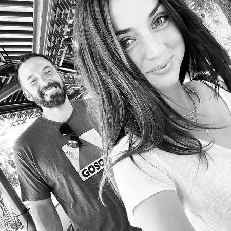 Ben Affleck e Ana de Armas já estavam morando em uma mansão do ator - Reprodução / Instagram