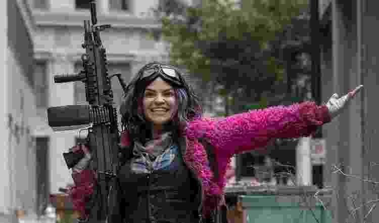 Paola Lazaro vive Juanita Sanchez, a 'Princess', em 'The Walking Dead' - Reprodução - Reprodução
