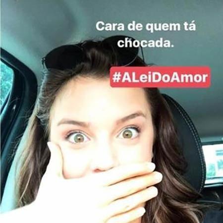 """Alice Wegmann posta foto """"chocada"""" após descobrir final de Marina/Isabela em """"A Lei do Amor"""" - Reprodução/Instagram"""