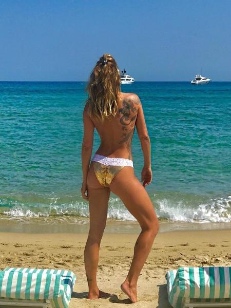 Luize Altenhofen faz topless em Saint-Tropez - Reprodução/Instagram/luizealtenhofen