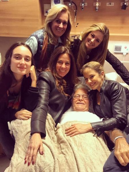 Pai de Ticiane Pinheiro passa por cirurgia em São Paulo - Reprodução/Instagram/helopinheiro1