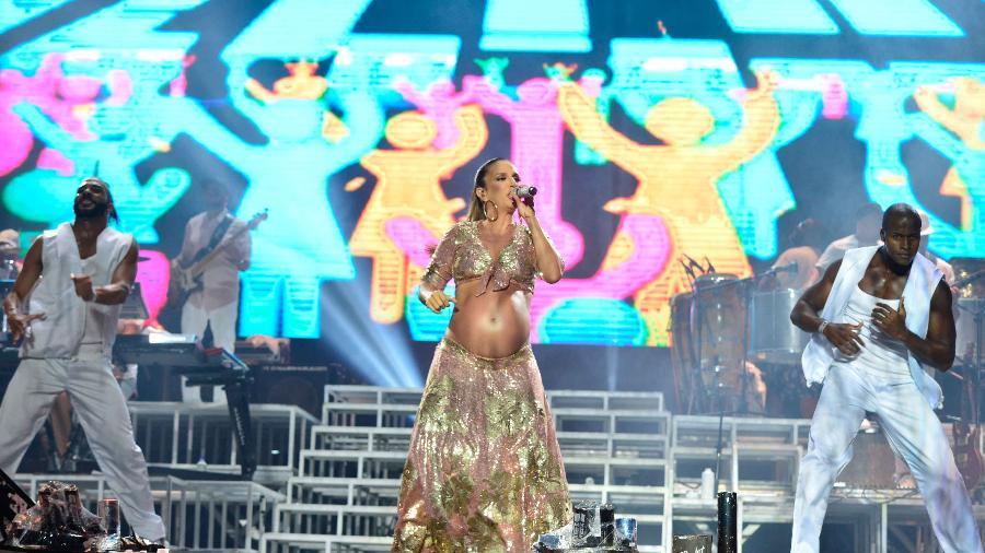 Ivete Sangalo se apresenta grávida no Festival de Verão de Salvador - Andre Muzell/Brazil News