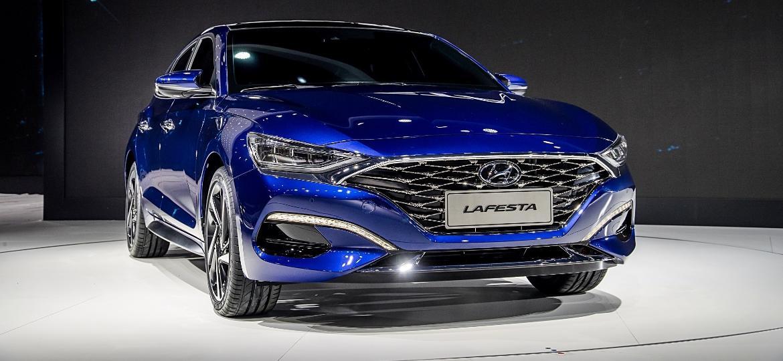 Lafesta é um dos carros feitos exclusivamente para o mercado chinês - Divulgação