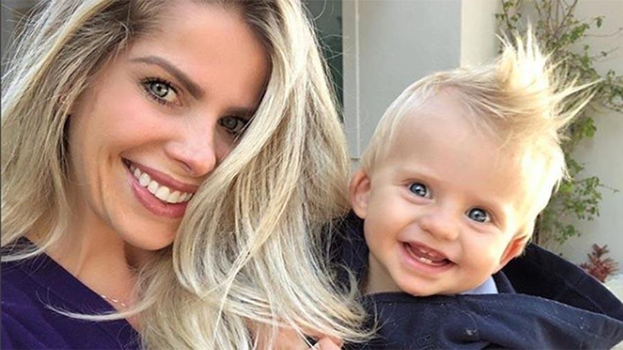 Karina Bacchi e o filho, Enrico, que completa um aninho nesta quarta-feira (8) - Reprodução/Instagram