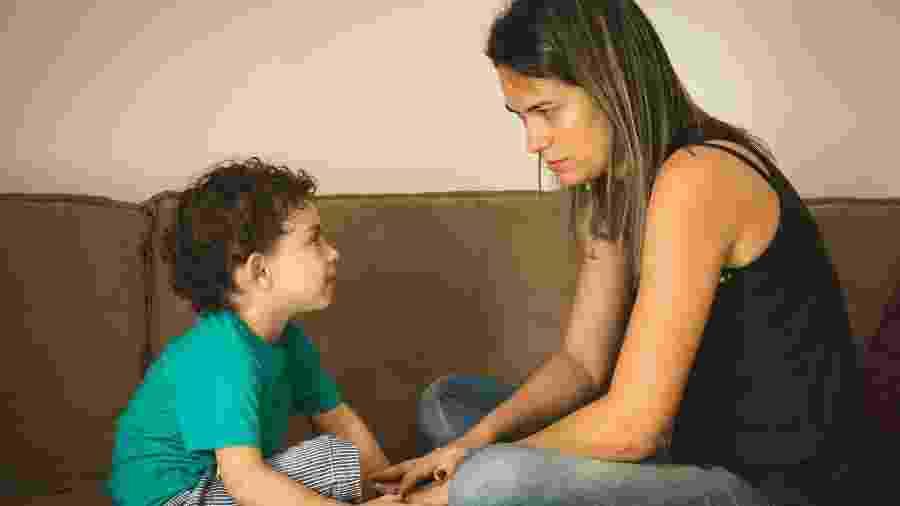 Muitas vezes mães solo não sabem como responder aos questionamentos das crianças - Getty Images/iStockphoto