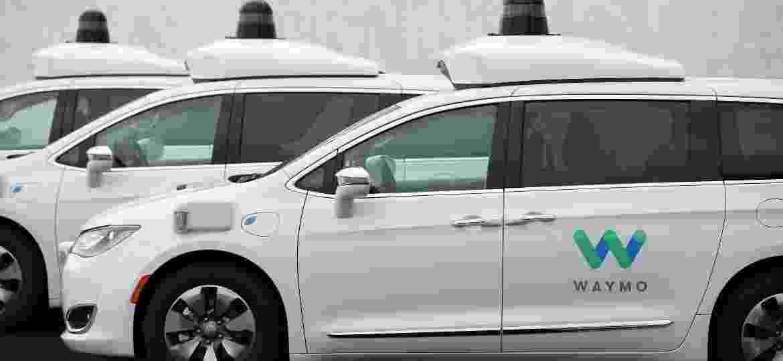 "Waymo Chrysler Pacifica Hybrid  - Caitlin O""Hara/Reuters"