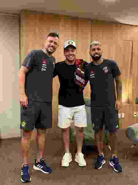 Wesley Safadão publicou foto com Diego Alves e Gabigol - Reprodução/Instagram