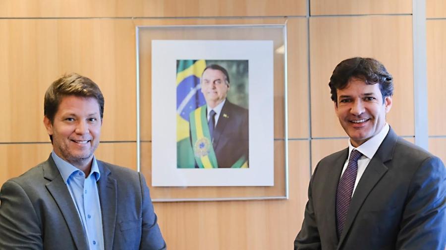 O secretário Mário Frias e o ministro Marcelo Álvaro Antonio - Reprodução/Twitter