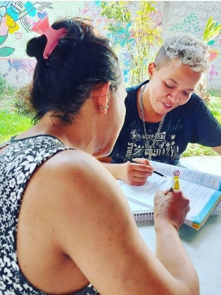 Mulheres atendidas no Centro de Acolhida Especial Casa Florescer, em SP - Divulgação