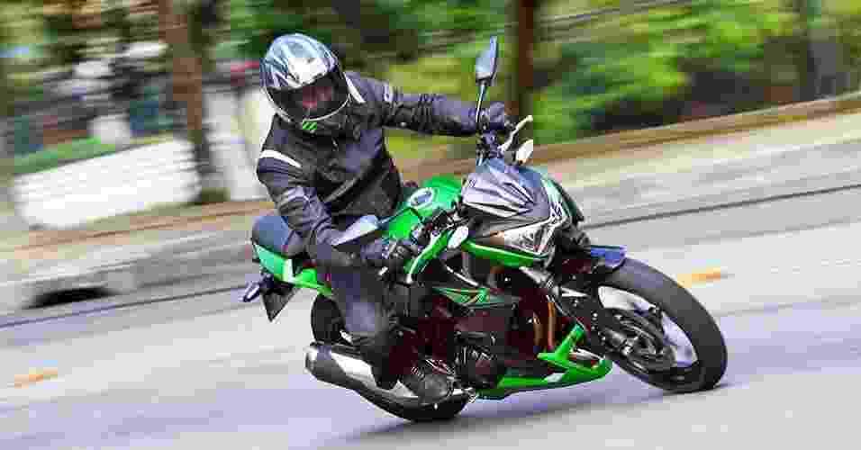 Kawasaki Z300 - Mario Villaescusa/Infomoto
