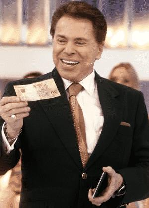 Silvio Santos distribui dinheiro em seu programa no SBT - Divulgação/SBT