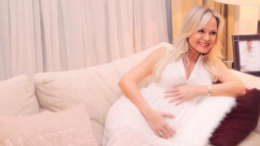 Eliana durante o chá de bebê de Manuela, ela está internada em São Paulo - Reprodução/Instagram