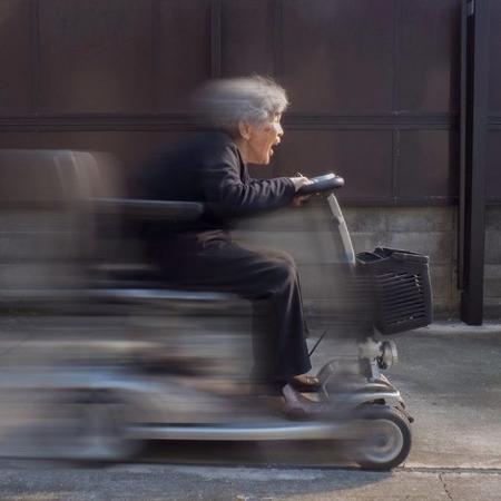 Kimiko Nishimoto, de quase 90 anos, adora brincar nas redes sociais - Reprodução/Instagram