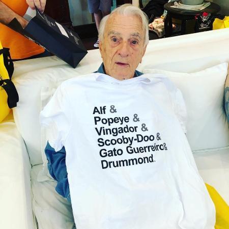 Orlando Drummond ganha camiseta com seus personagens mais marcantes - Reprodução/Instagram/drummond_felipe