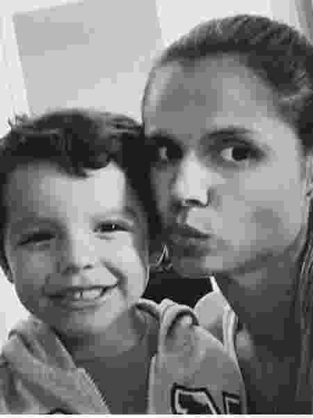 Simone Pontel buscou a Defensoria Pública para conseguir uma vaga para o filho Lorenzo - Arquivo pessoal