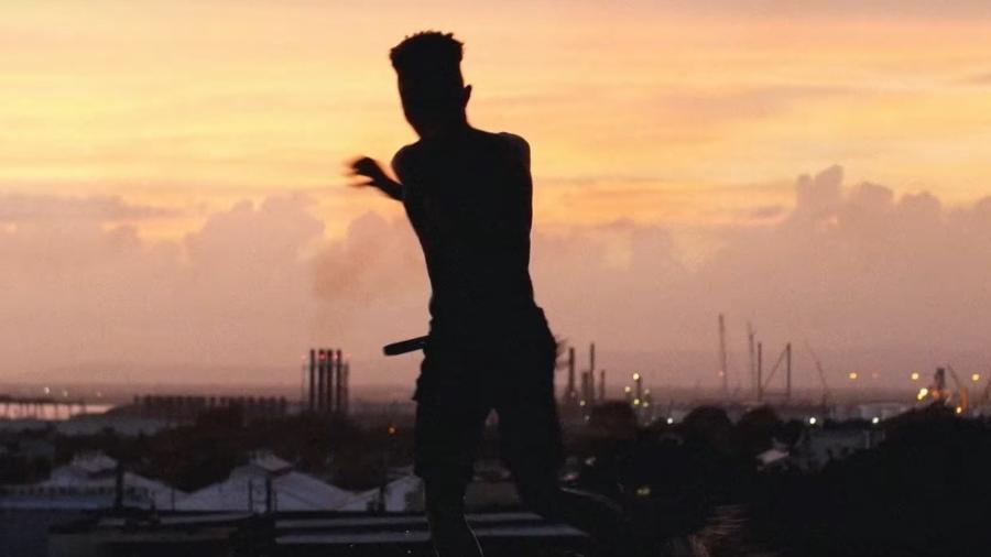 """Cena de """"Peter Pan"""", novo clipe do Arcade Fire - Reprodução"""