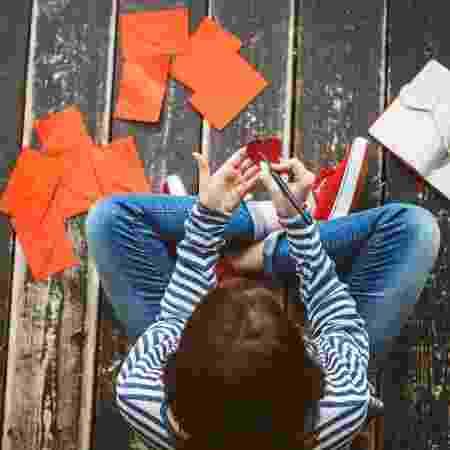 É preciso avaliar se manter as lembranças guardadas pode te fazer bem ou não - Getty Images/iStockphoto