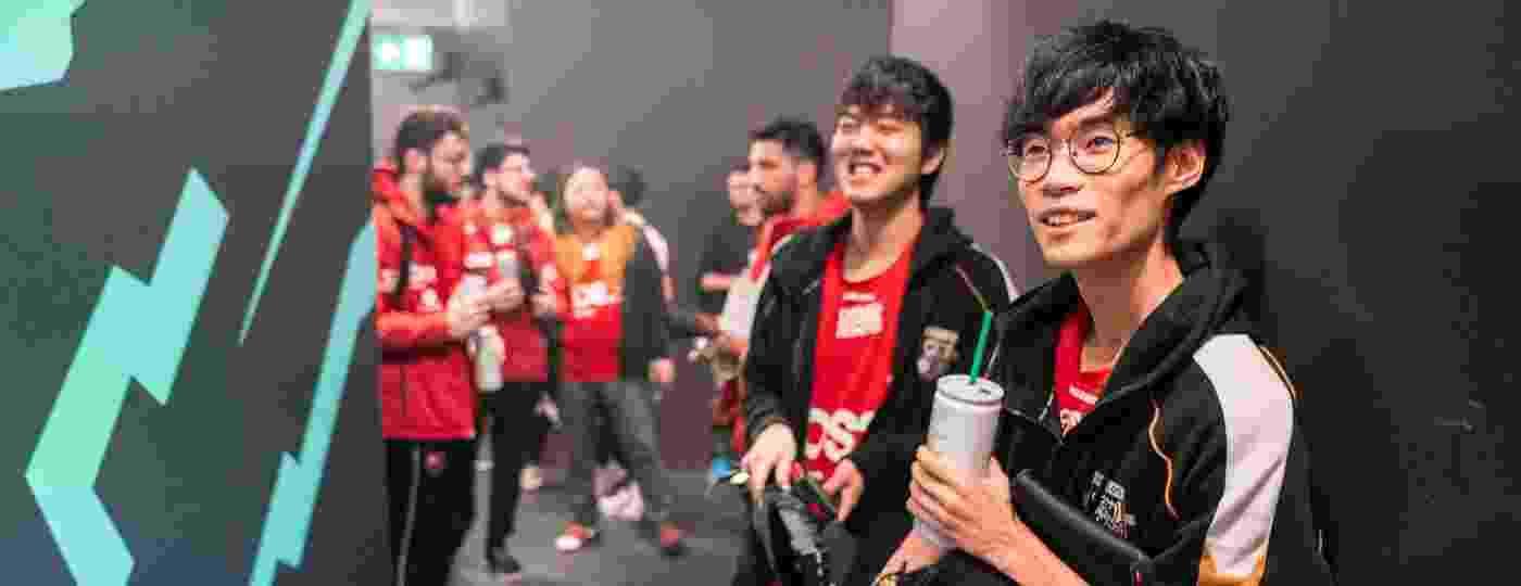 """Os coreanos """"Luci"""" e """"Shrimp"""", campeões brasileiros de LoL pelo Flamengo em 2019 - Divulgação/Riot Games"""