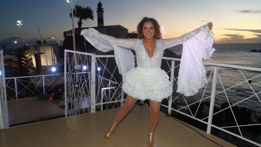 Daniela Mercury em cima do seu trio elétrico em Salvador - Dilson Silva/AgNews