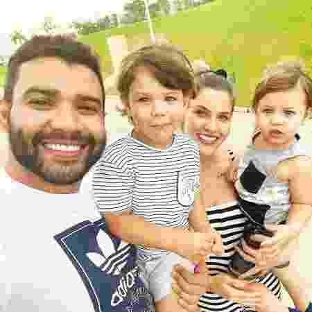 Andressa Suita, Gusttavo Lima e os filhos, Gabriel e Samuel - Reprodução/ Instagram