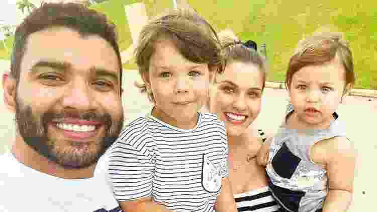 Gusttavo Lima com a mulher, Andressa Suita, e os filhos, Gabriel e Samuel - Reprodução/ Instagram - Reprodução/ Instagram