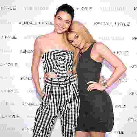 As irmãs Kendall e Kylie Jenner celebram lançamento de coleção da marca Kendall + Kylie em evento em Los Angeles, em 2016 - Donato Sardella/Getty Images for Nordstrom