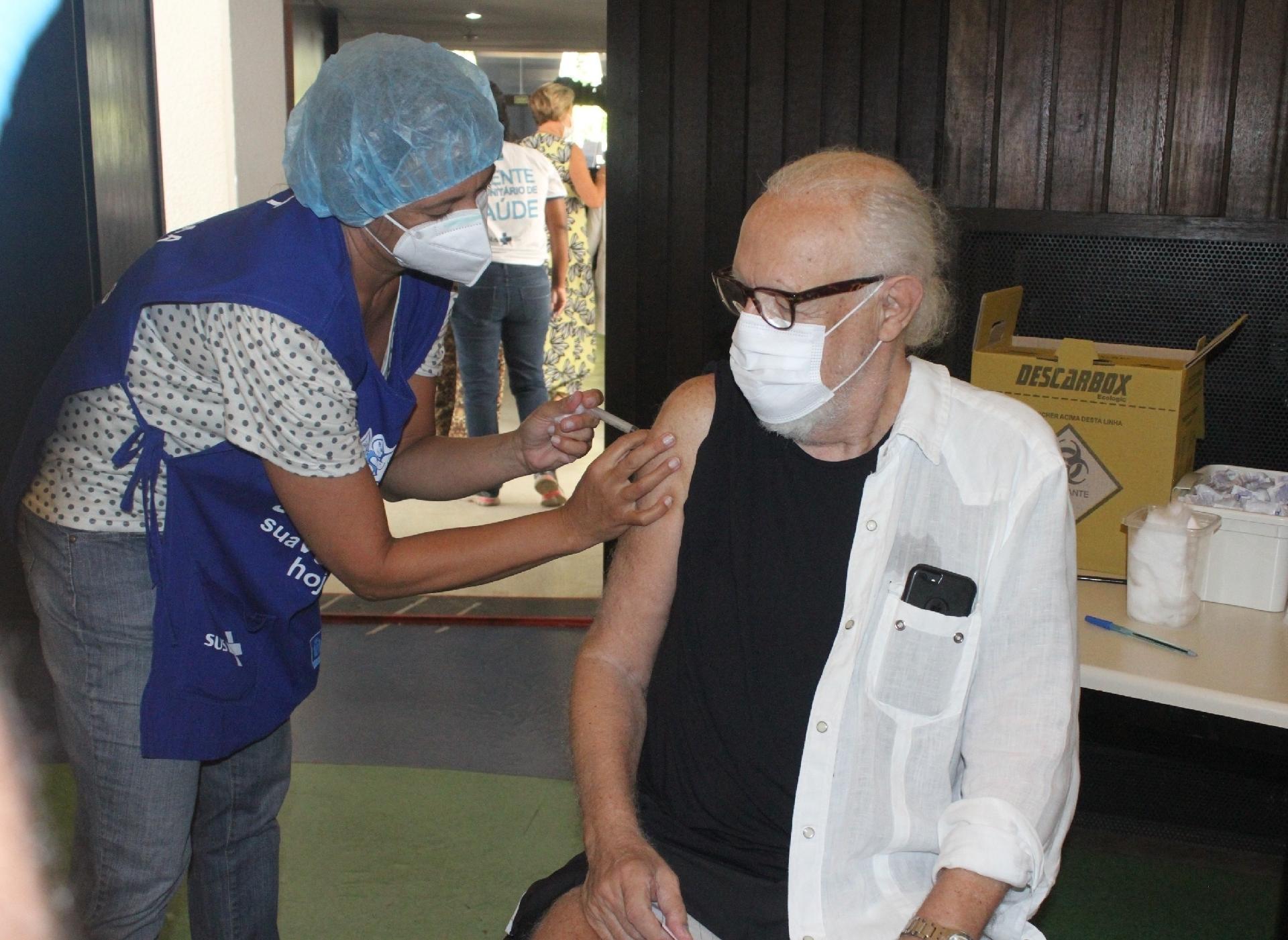 Ney Latorraca já está plenamente imunizado - Rodrigo Adao / AgNews