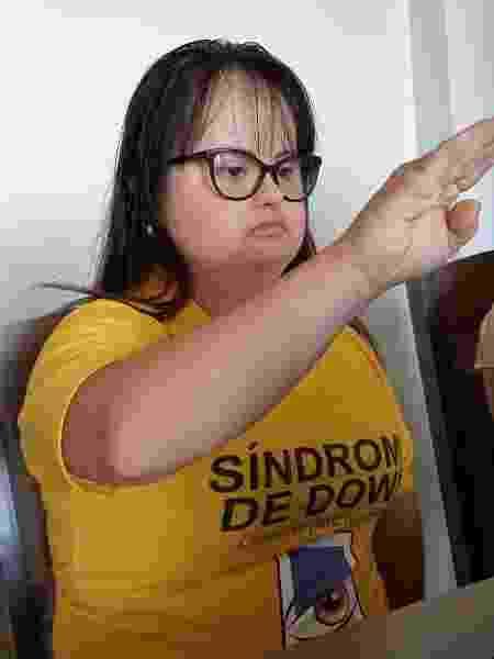 A vereadora durante seu juramento de posse em cerimônia virtual da Câmara de Santo Ângelo (RS) - Arquivo pessoal - Arquivo pessoal