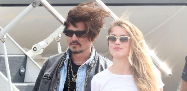 O casal Johnny Depp e Amber Heard, que se separou após denúncias de agressão doméstica - The Grosby Group
